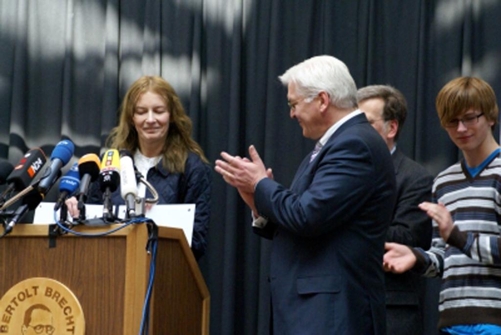 2009 Wizyta w Berlinie II Liceum w Krakowie, Minister Steinmeier i prof. Sobolewska