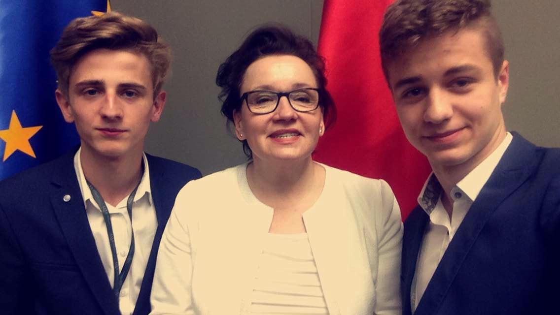 XXII Sejm Dzieci i Młodzieży 2016, nasi posłowie z Minister Edukacji Narodowej Panią Anną Zalewską