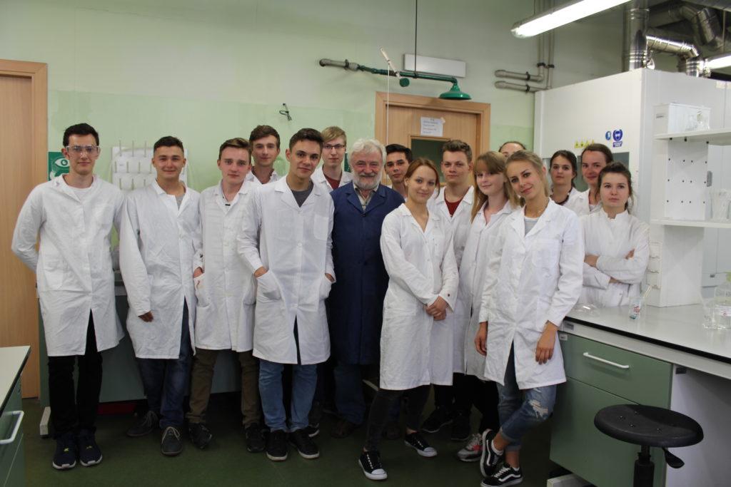 Zajęcia laboratoryjne z chemii 2016/2017 na Wydziale Chemii UJ